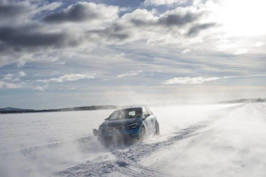 conducir-vehiculo-invierno-seat
