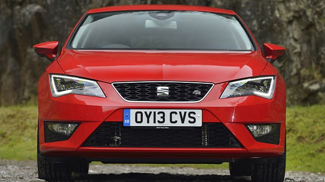 seat-leon-2019-frontal