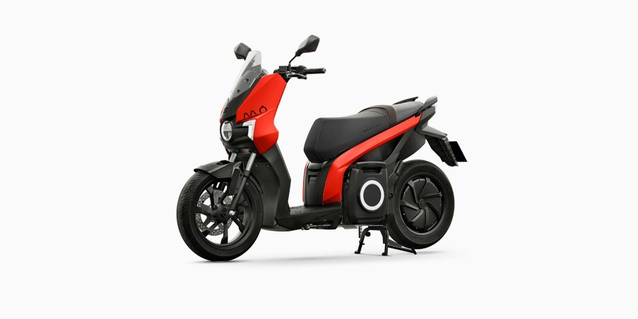SEAT-MO-eScooter-125-roja