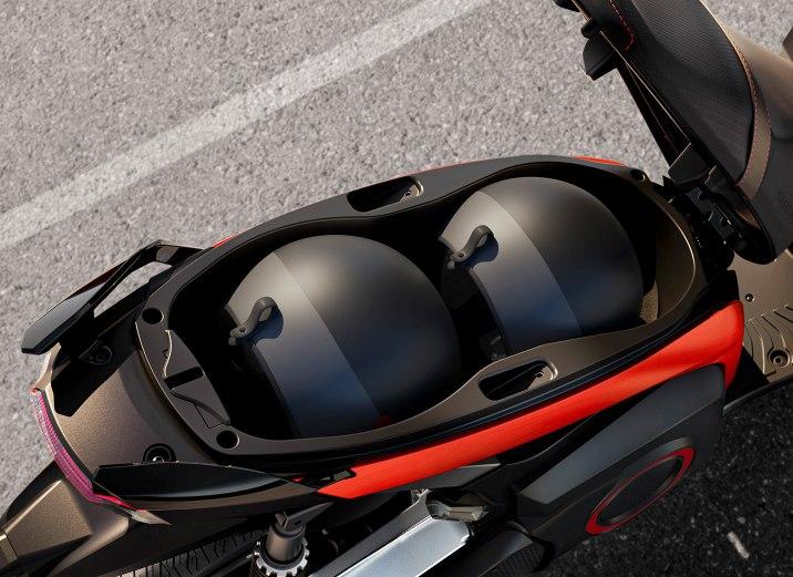 espacio-cascos-SEAT-eScooter-125