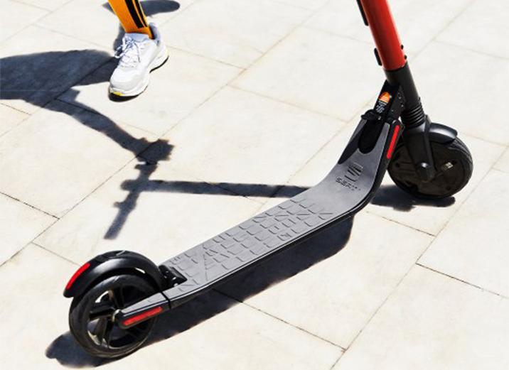 facil-plegado-SEAT-MO-eKickScooter-25